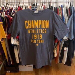 Vintage Champion T-shirt